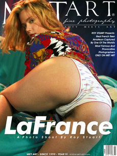 120 MetArt members tagged Roy Stuart's Amateur and erotic photos gallery La France 'hairy'