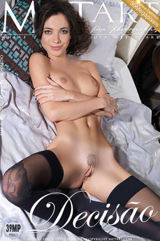 12 MetArt members tagged Elle D and nude photos gallery Decisao 'bed'