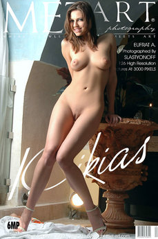 MetArt Eufrat A in Kikias