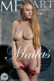 Met Art Maitas erotic images gallery with MetArt model Nancy A