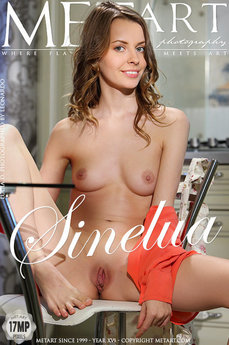 Met Art Sinelua erotic photos gallery with MetArt model Lucia D
