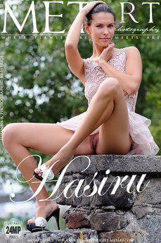Met Art Hasiru nude photos gallery with MetArt model Suzanna A
