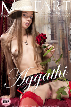 erotic photography gallery Aggathi with Milena D