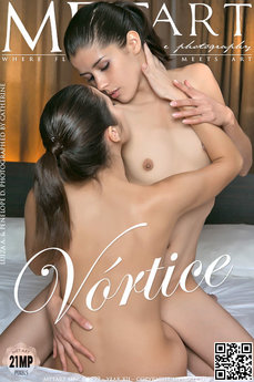 erotic photography gallery Vortice with Luiza A & Penelope D