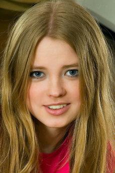 MetArt Avril A