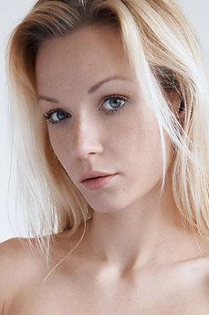MetArt Gwyneth A
