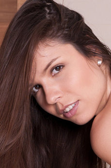 MetArt Peaches A
